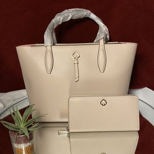 Kate Spade Tote And Wallet Set for Sale in Fontana, CA
