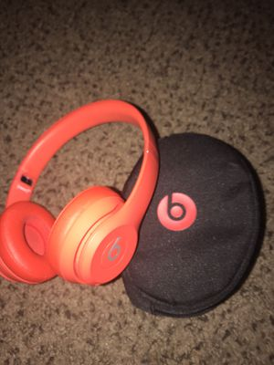 Beats solo 3 wireless headphones for Sale in Las Vegas, NV