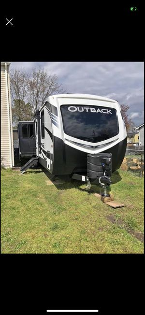 2020 keystone outback travel trailer for Sale in Browns Mills, NJ
