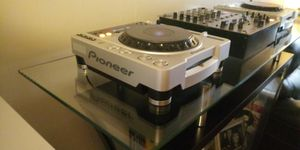 PIONEER DJ. EQUIPMENT SET. Ad will come down once it's sold. for Sale in Chicago, IL