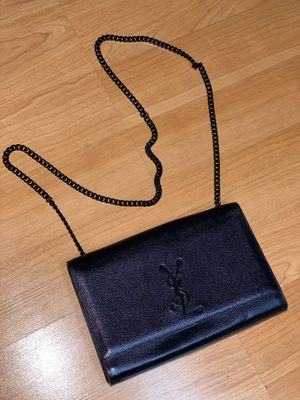 YSL Saint Laurent bag black color for Sale in Brisbane, CA