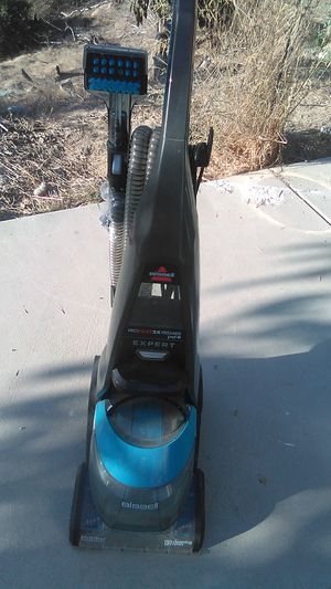 Bissell ProHEAT2X Premier Pet Expert series carpet cleaner for Sale in Fallbrook, CA