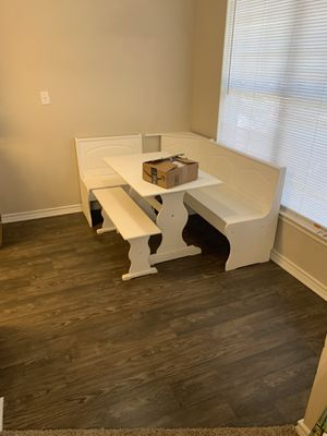 FARMHOUSE WHITE CORNER NOOK TABLE for Sale in Watauga, TX
