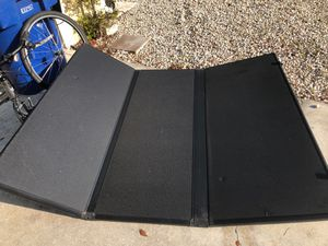 Tonneau Cover for 2009 Nissan Frontier for Sale in Fort Myers, FL
