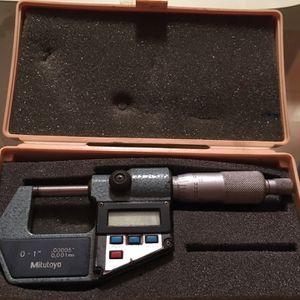 Mitutoyo Digital Micrometer for Sale in Tampa, FL
