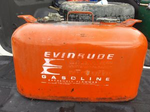 2 6-gallon boating gas tanks. Both still ready to go and priced to sell for Sale in Millbrook, AL