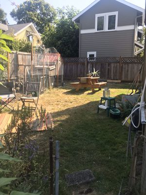 Chicken Coop for Sale in Seattle, WA