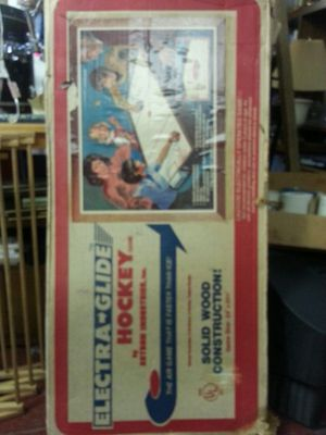 Vintage Electraglide Air Hockey Table, Like New In Box for Sale in Oak Park, IL
