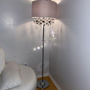 New diamond crystal floor lamp for Sale in Ocoee, FL