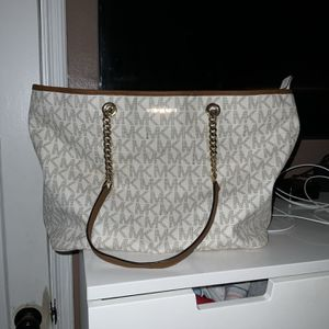 Michael Kors Large Tote Bag for Sale in Los Angeles, CA