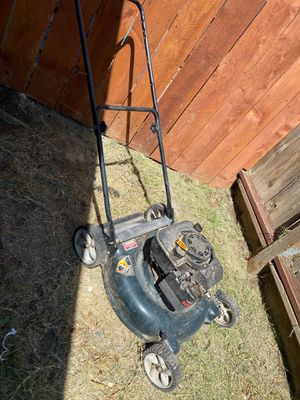 Lawn mower for Sale in Tulare, CA