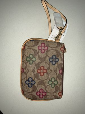 Coach wristlet for Sale in Hillsdale, NJ