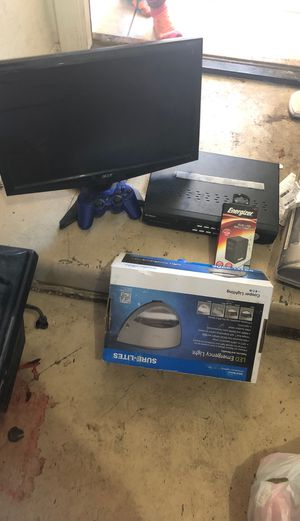 Gaming computer Plus PlayStationAnd emergency light for Sale in Charleston, WV