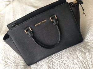 Michael kors bag tote for Sale in Portland, OR