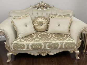 Loveseat Sofa Turkish Hand Made Royal Design for Sale in Pittsburgh,  PA
