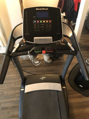 Treadmill NordicTrack for Sale in Joliet, IL