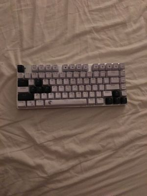 HUO JI Z88 Z-88 RGB Mechanical Gaming Keyboard, Blue Switch , LED Backlit, Water Resistant, Compact 81 Keys Anti-Ghosting for Mac, PC, White for Sale in Irvine, CA