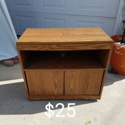 Cabinet Table Stand Or TV Stand for Sale in Lakewood,  CA