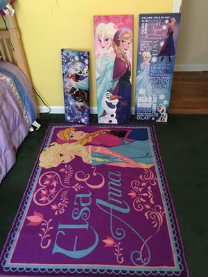 Frozen room decor for Sale in Duluth, GA