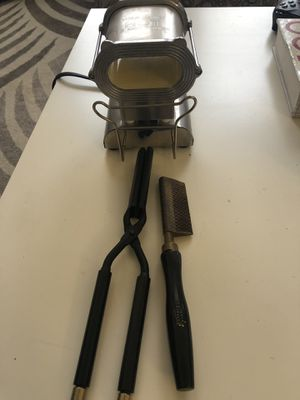 Hot comb, flat iron and stove for Sale in Washington, DC