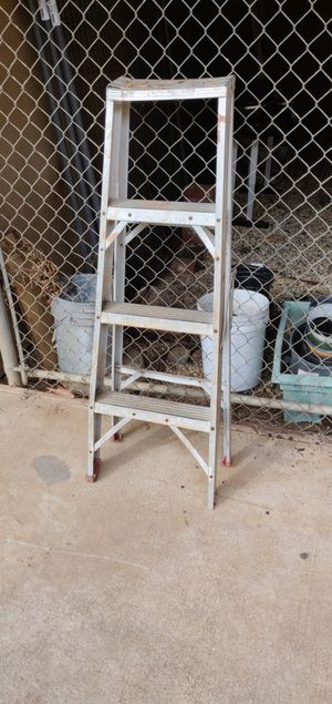 Small light weight ladder for Sale in Alta, CA