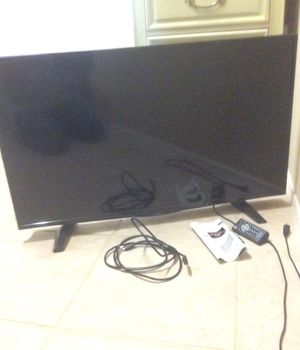 "Flat screen TV 39"" Insignia LED for Sale in Mesa, AZ"