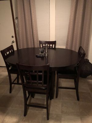 Gorgeous counter high table and chair set for Sale in Columbus, OH