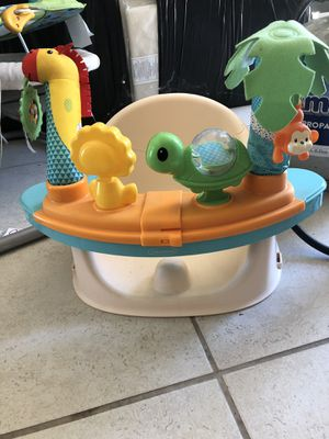 Infantino Discover and Booster Seat for Sale in San Bernardino, CA