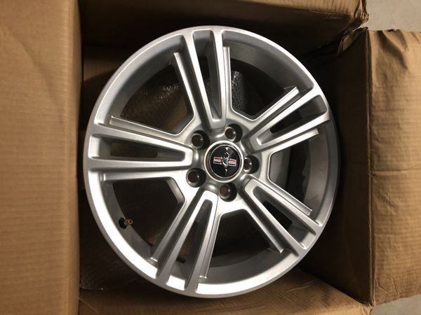 Rims for mustang