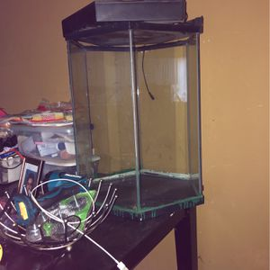 Big Fish Tank for Sale in Los Angeles, CA