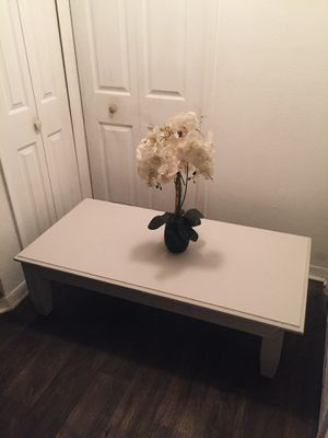 Beautiful wooden table for Sale in Kissimmee, FL