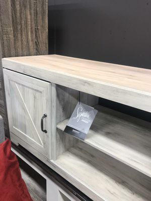 🆕️ Best OFFER 🍻🍾 Bellaby Whitewash LG TV Stand | W331-68 329 for Sale in Jessup, MD