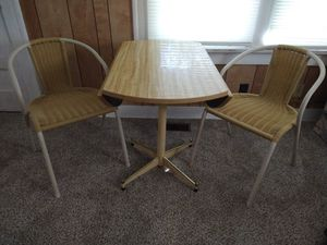 Dining table w/chairs set for Sale in Wichita, KS
