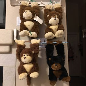 "MONKEY 🐒 PLUSH TOY 18"" for Sale in Sloan, NV"