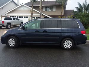 2008 Honda odyssey Minivan Low miles and clean for Sale in Westminster, CA