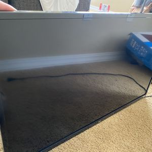 TCL 32 in Roku TV for Sale in Littleton, CO