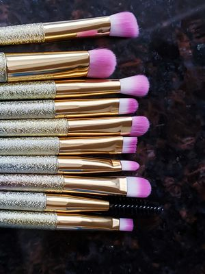 New Docolor 10 makeup brushes set for Sale in Monrovia, CA