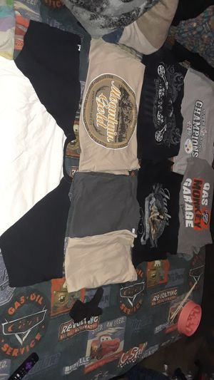 Clothes for Sale in Palmdale, CA