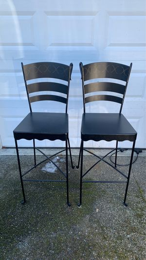 Metal chairs for Sale in Gig Harbor, WA