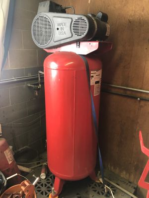 Husky 60 Gallon Air Compress for Sale in Wall Township, NJ