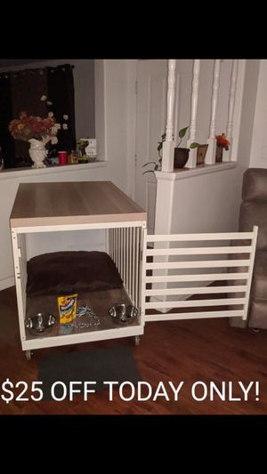 White Cottage Chic Wood Dog Crate PLUS Xtras for Sale in Perris, CA