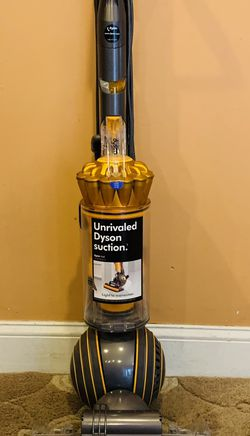 Dyson UP 19 multi floor 2 vacuum cleaner for Sale in Raymond,  NH