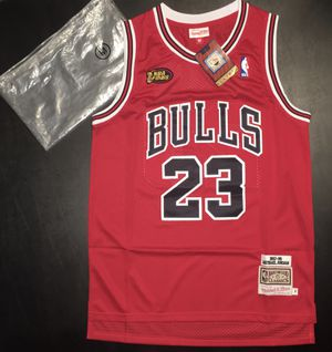 Michael Jordan #23 Chicago Bulls Hardwood Classic Jersey Sz Medium for Sale in Atlanta, GA