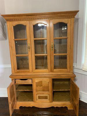 Curio Cabinet for Sale in Macon, GA