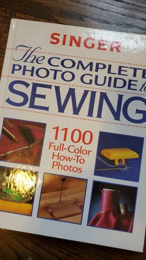 1999 Singer The Complete Photo Guide To Sewing Singer Sewing Guide Book Sewing Books Vintage Books Collectible Books Craft Books How-To Sew for Sale in Chicago, IL