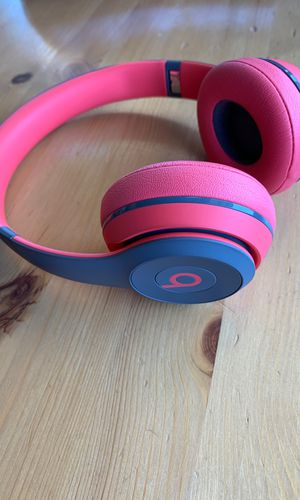 Beats solo wireless for Sale in South San Francisco, CA