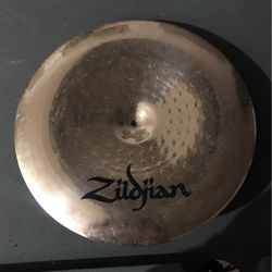 Zildjian Drum Set Crash Cymbal for Sale in Glendale,  AZ
