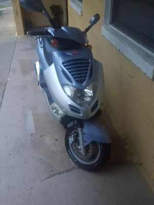 Kymco Bet & Win 250cc for Sale in Jacksonville, FL
