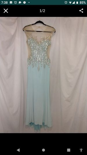 Clarise formal prom gown size 8 for Sale in Lockport, NY