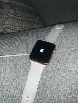 Apple Watch Series 42mm Rose Gold for Sale in Silver Spring,  MD